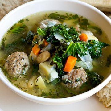 Meatball Soup | thecozyapron.com
