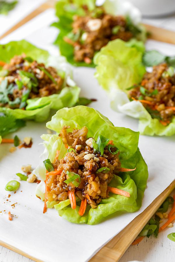 Chicken Lettuce Wraps | thecozyapron.com
