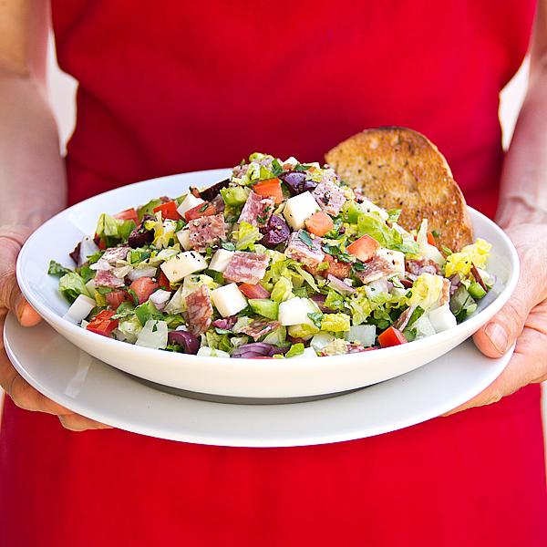 Italian Chopped Salad | thecozyapron.com