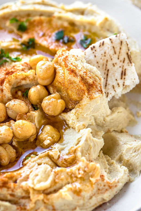 Hummus | thecozyapron.com