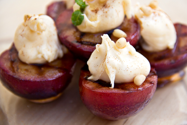 Grilled Cinnamon Plums with Sweet Mascarpone