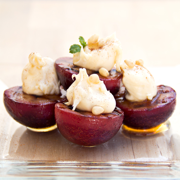 Post image for Cozy Cameo: A Plum Pick For Dessert