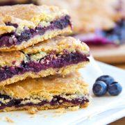 Blueberry Bars | thecozyapron.com
