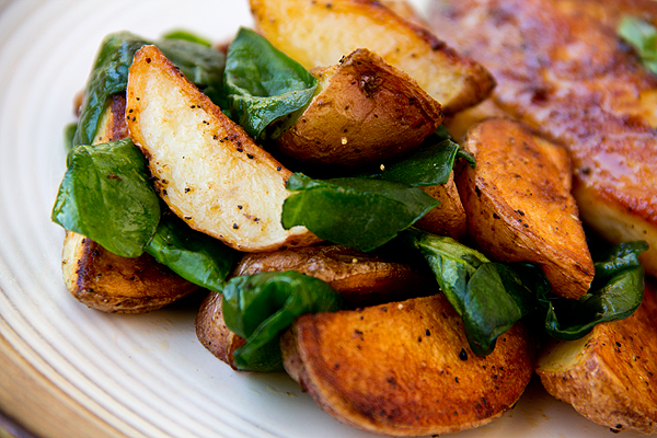 Garlic Spinach and Roasted Potatoes