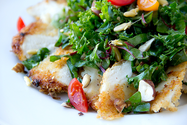 Parmesan-Crusted Chicken Breast Salad | thecozyapron.com