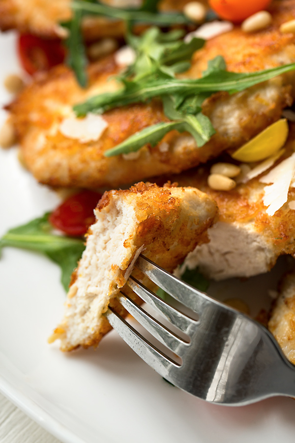 Parmesan Crusted Chicken | thecozyapron.com