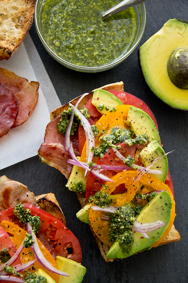 Avocado Salad Toasts | thecozyapron.com
