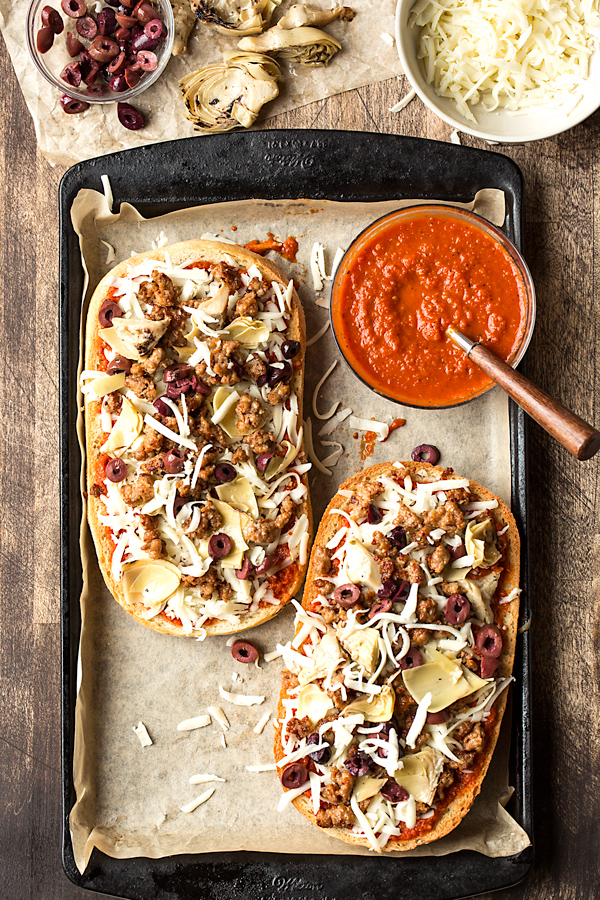 French Bread Pizza Prep | thecozyapron.com