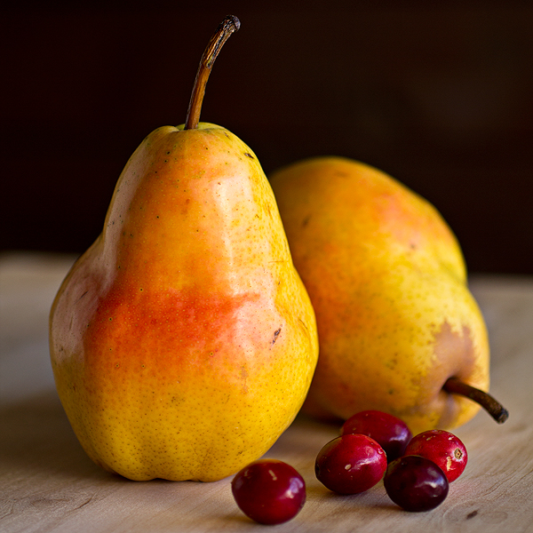 Pears and Cranberries | thecozyapron.com