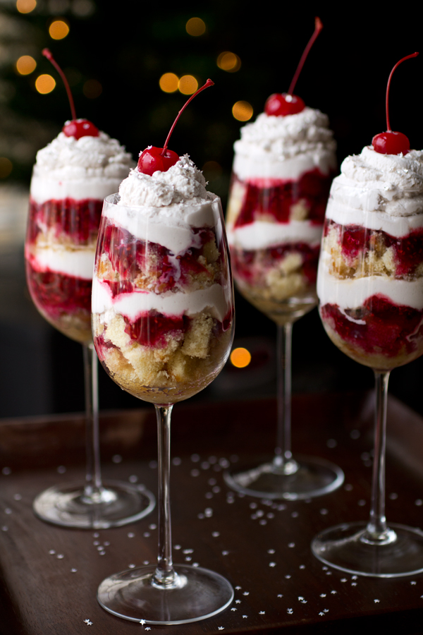 New Year's Eve Parfaits | thecozyapron.com
