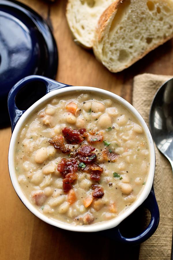 Creamy White Bean Stew | thecozyapron.com