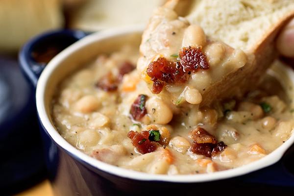Creamy White Bean Stew   thecozyapron.com