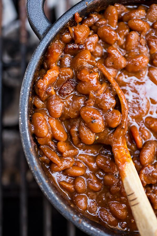 Baked Beans | thecozyapron.com