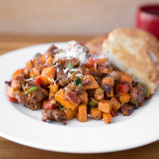 A Cozy Autumn Breakfast: Autumn Sweet Potato Hash, a Vibrantly Comforting Morning Companion