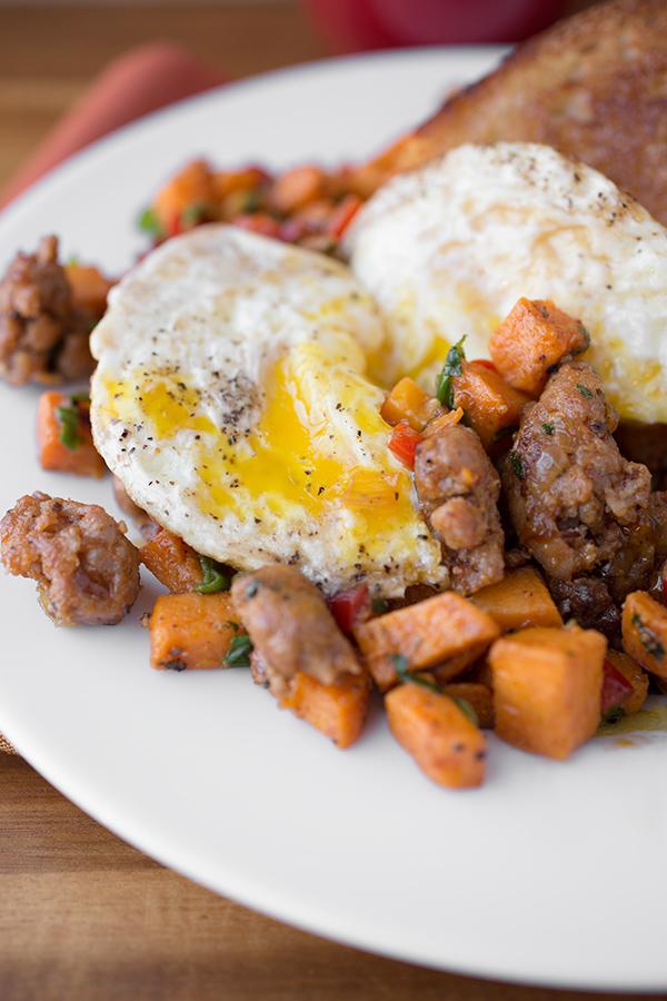 Sweet Potato Hash | thecozyapron.com