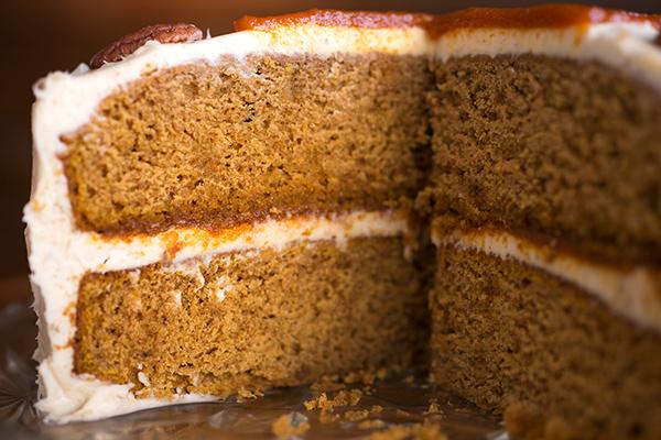 Pumpkin Velvet Cake