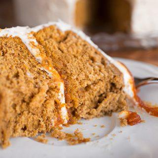 Pumpkin Cake | thecozyapron.com