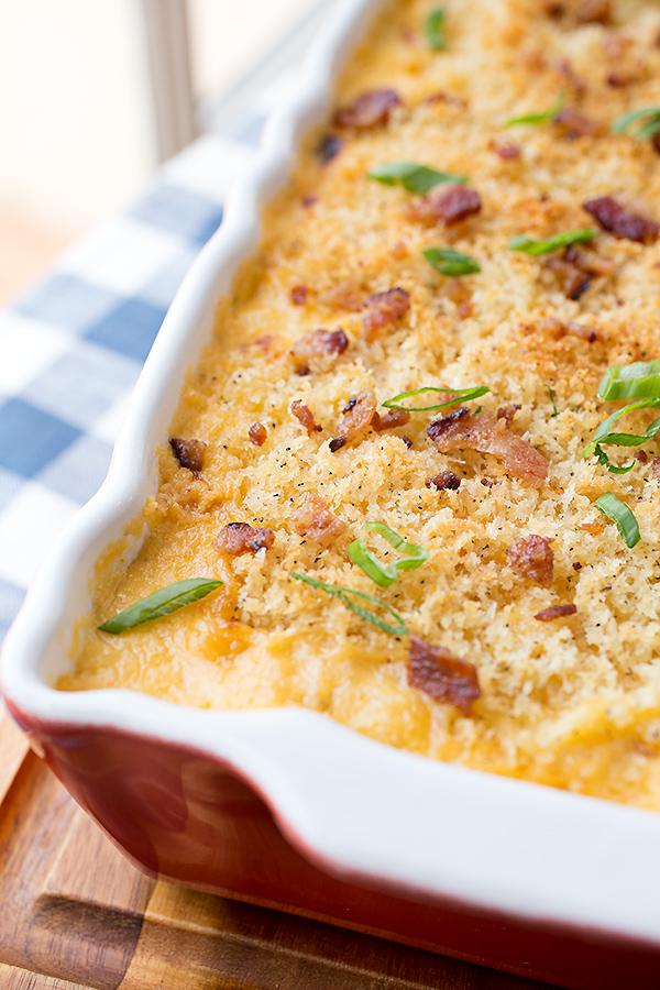 Cauliflower Mac n Cheese | thecozyapron.com