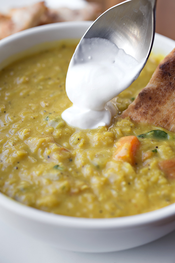 Curry Lentil Soup | thecozyapron.com