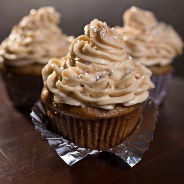 """""""Velvet Elvis"""" Peanut Butter and Banana Cupcakes"""