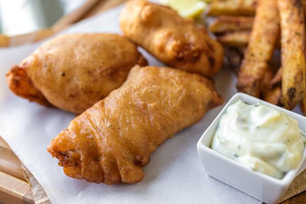 Cider Battered Fish n' Chips | thecozyapron.com