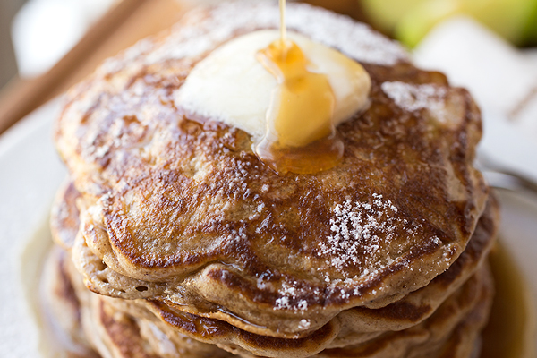 Apple Pancakes | thecozyapron.com