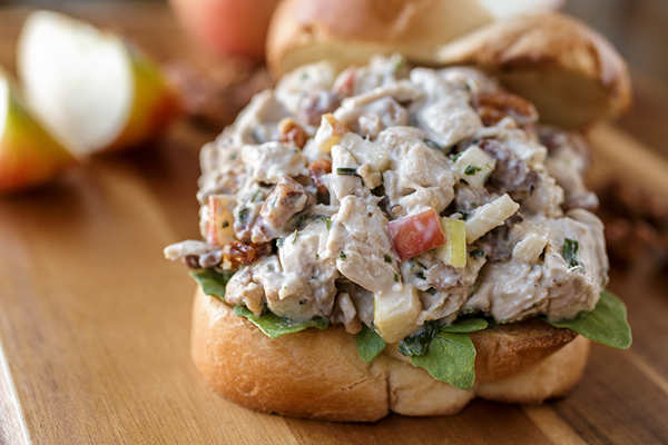 Chicken Salad | thecozyapron.com
