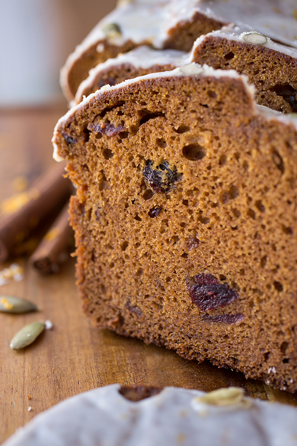 Pumpkin Patch Spice Bread | thecozyapron.com