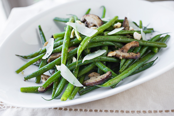 Sauteed Green Beans with Mushrooms