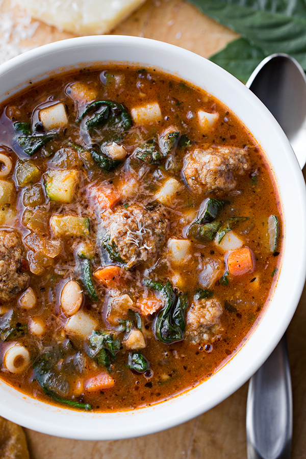 Minestrone Soup with Meatballs | thecozyapron.com
