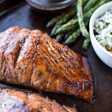 Bourbon Glazed Salmon | thecozyapron.com