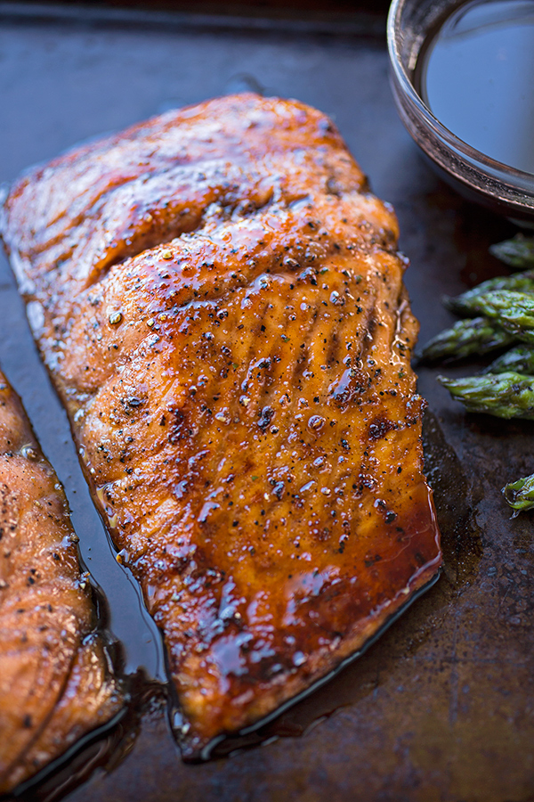 Bourbon-Glazed Salmon | thecozyapron.com