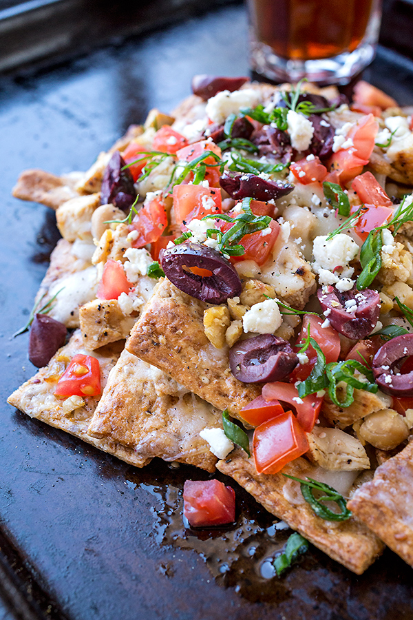 Grilled Lemon Chicken Greek Nachos | thecozyapron.com