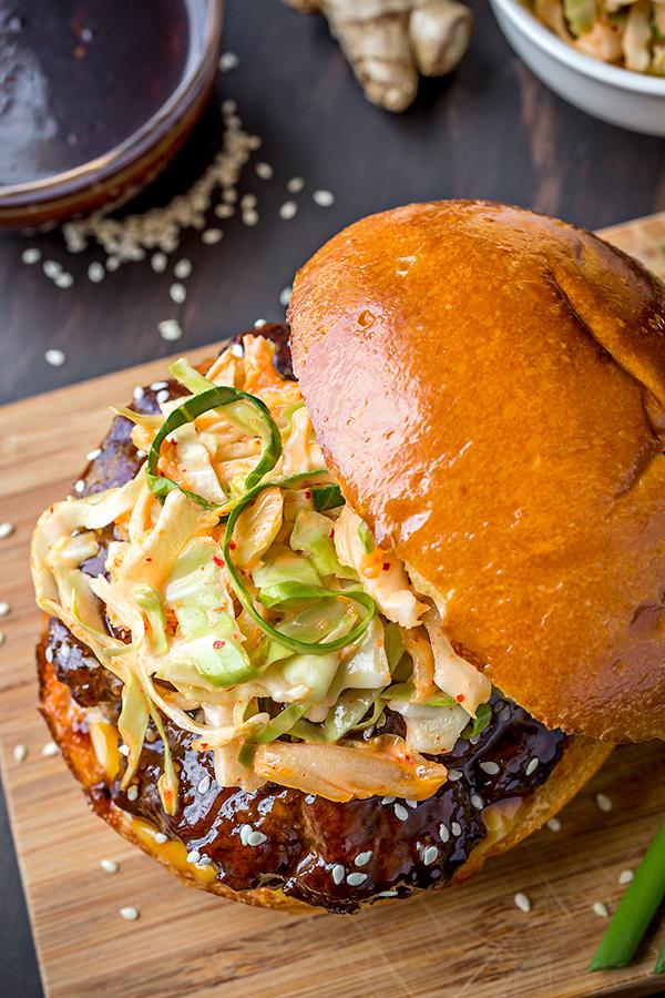 Korean BBQ Burger | thecozyapron.com