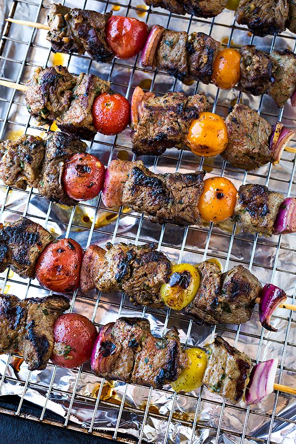 Steak Kabobs | thecozyapron.com
