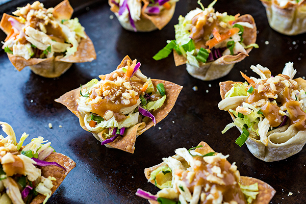 Thai chicken salad wonton cups with peanut sauce dressing for Asian canape ideas