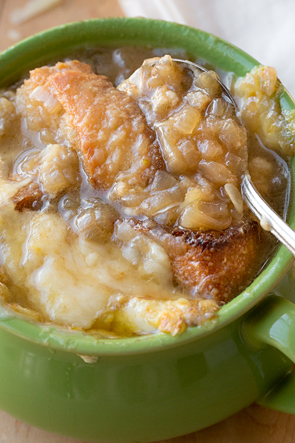 French Onion Soup | thecozyapron.com