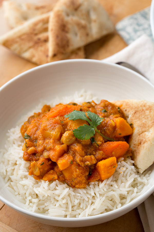 Vegetable Curry | thecozyapron.com