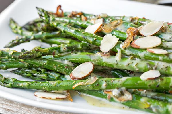 Asparagus with a Zesty Dijon Sauce | thecozyapron.com