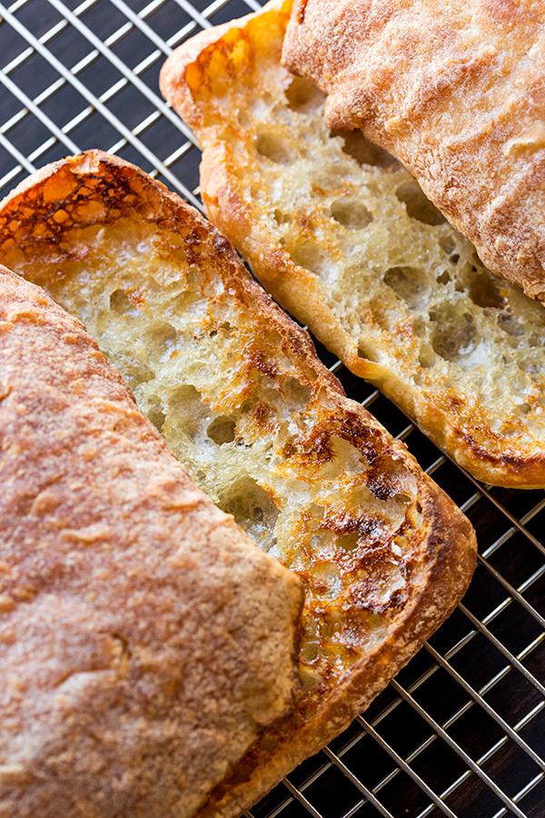 Garlic Ciabatta | thecozyapron.com