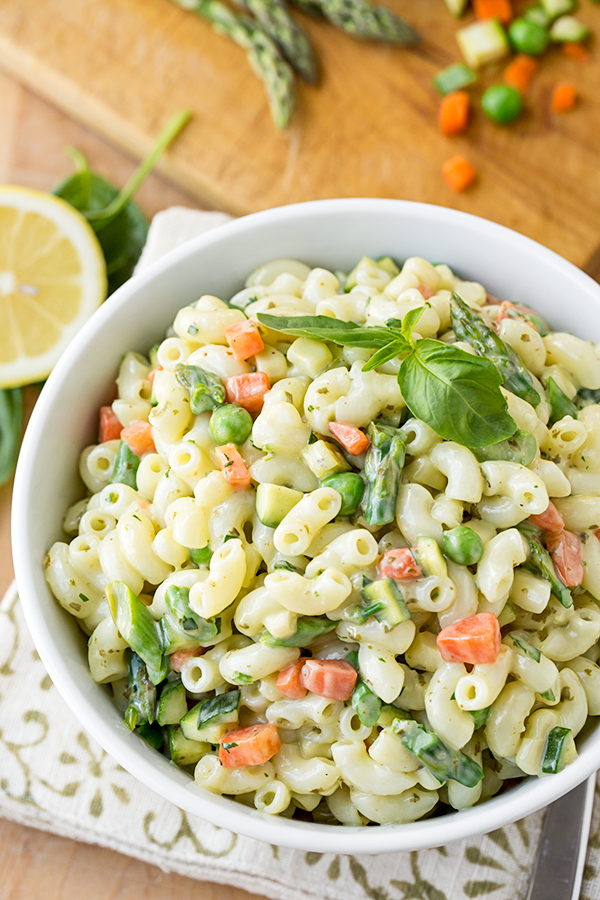 macaroni-salad-with-spring-vegetables_thecozyapron_03-24-16_4