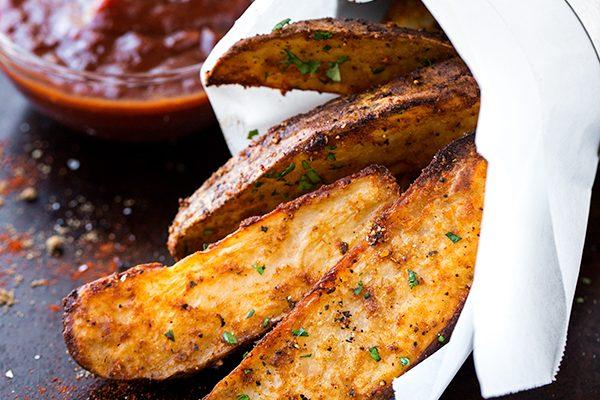 Seasoned Oven Fries | thecozyapron.com