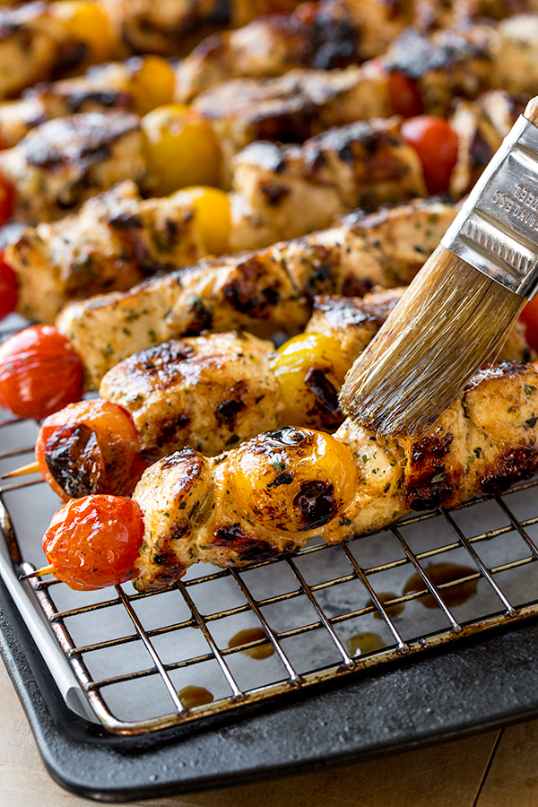 Grilled Lemon Chicken Skewers | thecozyapron.com