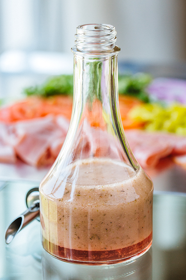 Red Wine Vinaigrette for Italian Sub | thecozyapron.com