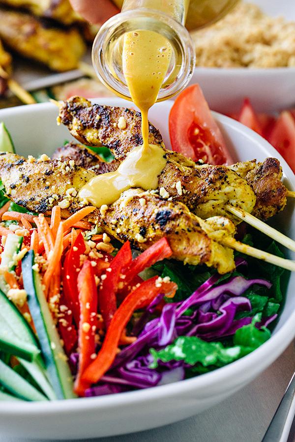 Thai Chicken Satay Salad | thecozyapron.com