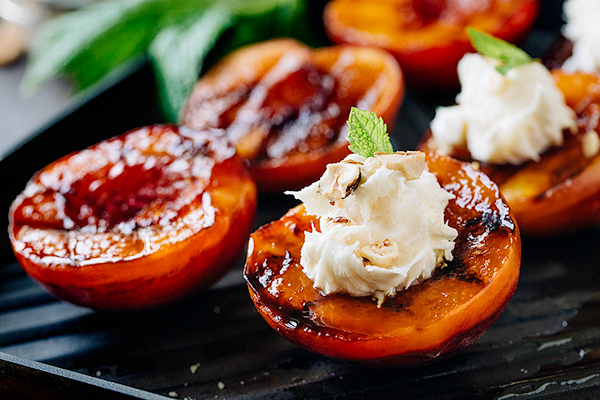 Grilled Peaches with Creamy Vanilla Mascarpone and Toasted Hazelnuts
