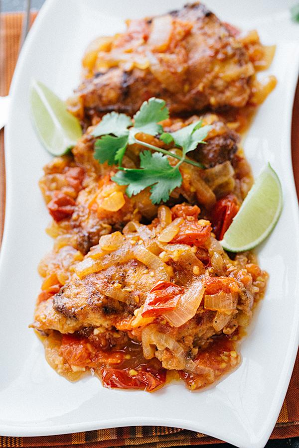 Peruvian Skillet Chicken | thecozyapron.com