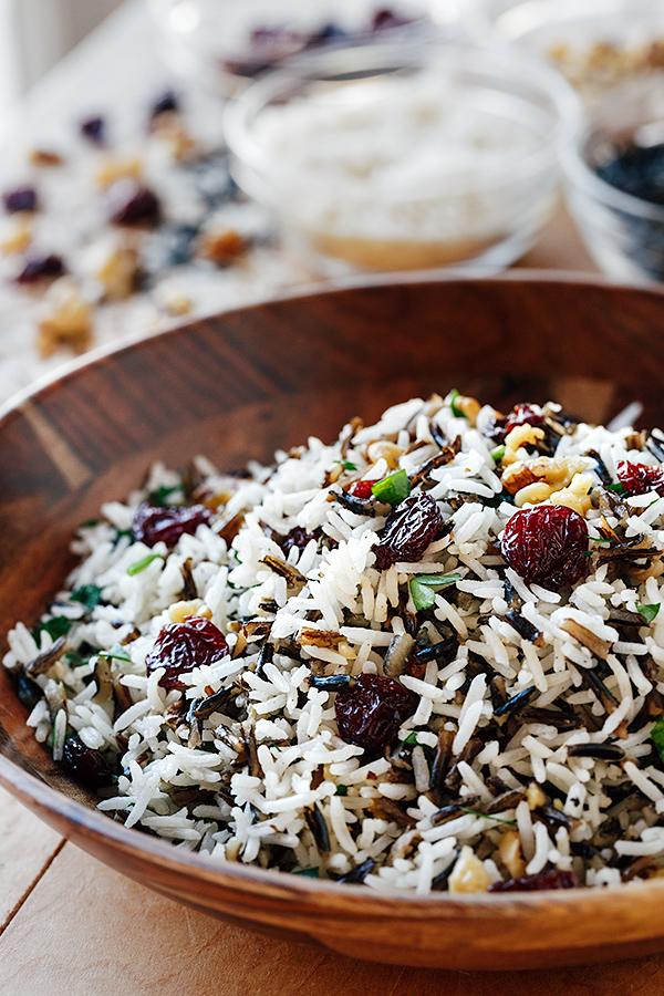 Holiday Wild Rice Pilaf | thecozyapron.com