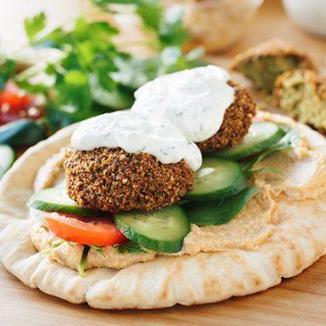 Falafel Wrap with Spicy Hummus | thecozyapron.com