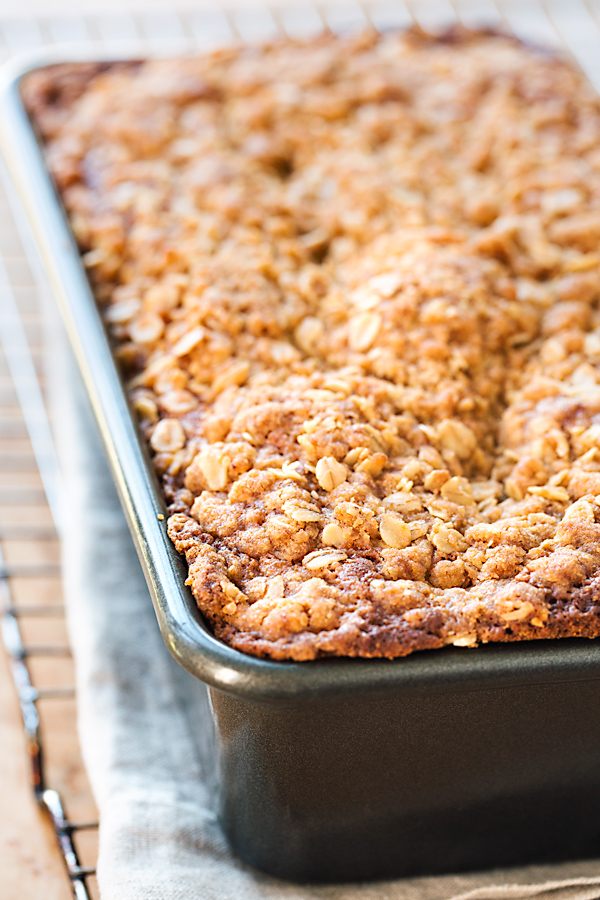 Blueberry Bread with Oat Streusel Topping in Pan | thecozyapron.com